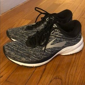 Brooks Launch 5 Sneakers